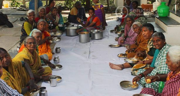 midday meals program for destitute elderly women, old age home for women in kurnool, food for elders, seruds charity in kurnool, seruds old age home in kurnool, charity old age home in kurnool, charity old age home for women in kurnool, old age home with food, old age home peoples with food in kurnool
