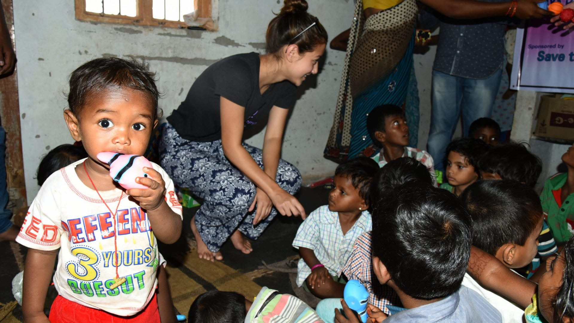 Volunteer at Seruds creche program : day care centers for children. Sponsor Sponsor Mid-day Meals, education, toyys